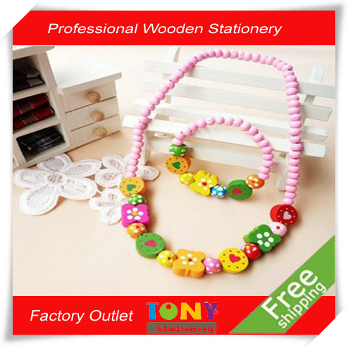 TONY wholesale free shipping KD148 promotion 20sets/lot candy pink girl's gift wooden decorative necklace bracelet(China (Mainland))