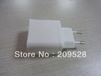 Nice white UK AC power plug with two USB socket ,very easily for carry ,50pcs/lot