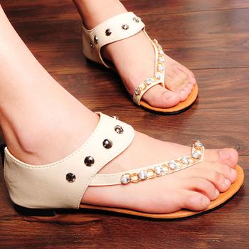 Fashion rhinestone 2013 flip flat female shoes diamond flat heel sweet casual sandals
