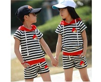 Free shipping 2013 summer new children's short-sleeved suit cotton striped suit installed the Korean version children's clothing
