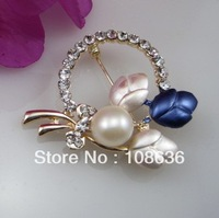 Mini Order 15 Free Shipping 9-10mm Cultured Pearl Flower  Brooch  With Crystal