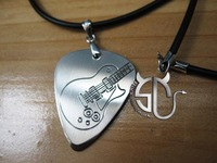 Electric guitar personalized 4 paddles necklace handmade carving