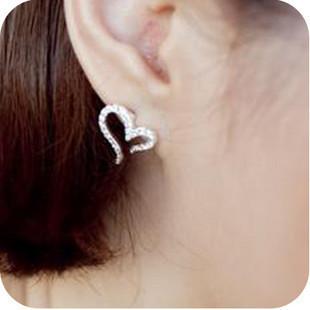 Min.order is $10(mix order) gentlewomen needles rhinestone love earring earrings ...