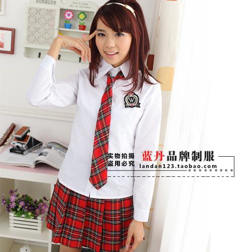 Plaid rouge mince chemise d'uniforme scolaire des élèves de classe ...