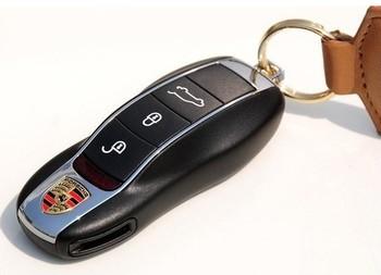Wholesale  Genuine Metal Key Model+Chain 4GB 8GB 16GB 32GB 64GB USB 2.0 Flash Memory Stick Drive Thumb/Car/Pen Free ship Gift