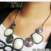 Min.order is $ 10 (mix order) Free Shipping straw hat Big Stone Cross Chain Luxury Necklace Vintage Pendant(3-colors)