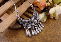 NR111 Bohemian Carved Flower Moon Pendant Tibetan Silver vintage retro Choker Collar Necklace jewelry for Women Girl