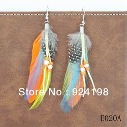 Min. order $15 new arrival mix colors indian feather earrings with beads free shipping(China (Mainland))