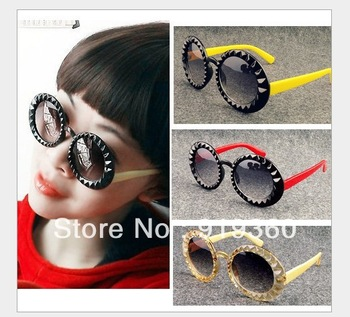 8203,2013  new retro round sunglasses,diamond eyeywear, size box glasses ,sunglasses,latest  sunglasses sunglasses,free shipping