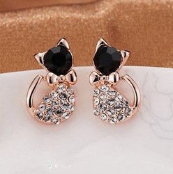New Fashion Cute Lovely Rinestone Simulated Diamond Decorated Cat Litty Stud Earrings for Women Party Birthday Earring Jewelry(China (Mainland))