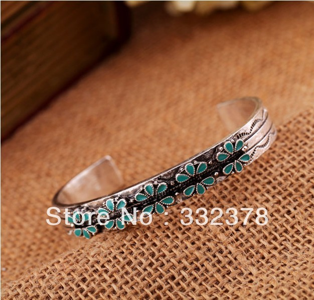 MIN order $10 mixed order.Funnice 2013 New Style Antique Silver Bracelet Accessories C Type Simple Lady Bracelet(China (Mainland))