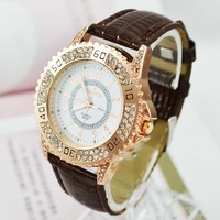 New Famous Brand Ladies Leather Diamond Rhinestone Watches Steampunk Women Dress Watch White Hours for women