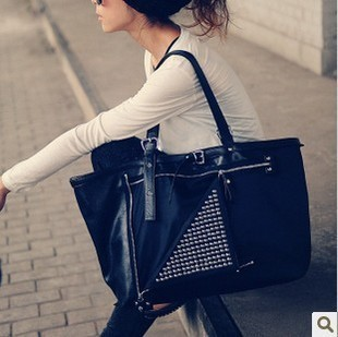 Autumn style big bag excellent rivet big bag women's handbag m28-047(China (Mainland))