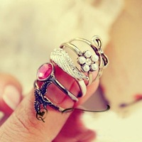 Sunshine jewelry store vintage pearl , bow , bird , ruby and wing ring J310 ($10 free shipping )