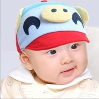 free shipping of  cotton material and  fashional visor cap baseball hats for kids big mouth funny pig design