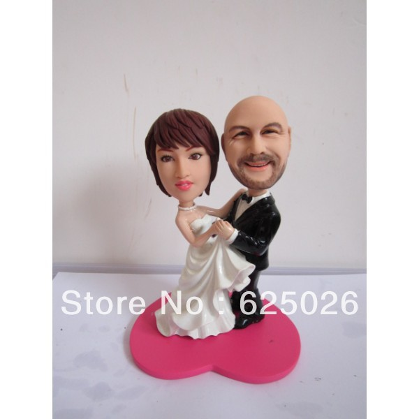 Free Shipping --- Cheap Custom Unique Personalised Wedding Cake Toppers From Real Photos with a Clay Base(China (Mainland))