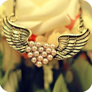 Min.order is $10 (mix order), retro, pink , Love Wings Necklace, direct manufacturers, welcome to place an order.(China (Mainland))