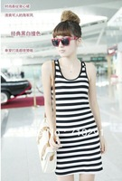 Free shipping ,Vest skirt big black and white striped render unlined upper garment bag arm