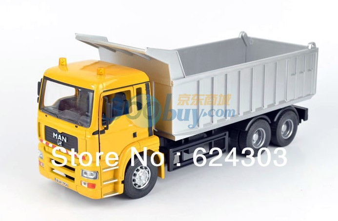 Free Shipping! 2013 newest ! 1:32 MAN Yellow Dump truck Diecast Model the best kids toys(China (Mainland))