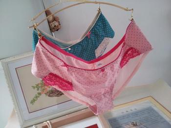Brand New 2013 Fashion Marks & spencer sweet polka dot boxer panties 25 - 42 belts  Free Shipping