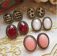 Min.order is $10(mix order) 2013 New Vintage Retro European Style Round Crystal Stud Earring for Women Lady 5 Colors A1148