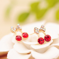 Aq0013 Min. order is $15 (mix order) elegant small gentlewomen Rhinestone  bow crystal stud earring