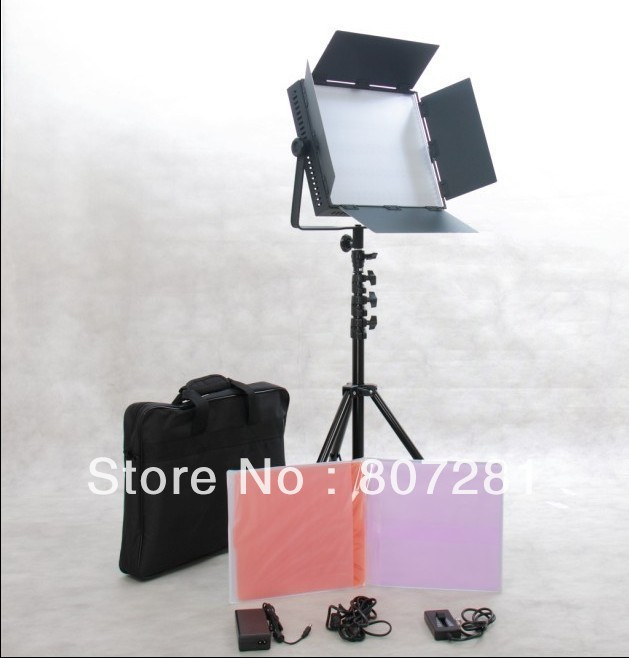 Free Bag 900 LED Video Studio Light Continuous Photo Panel Broadcast Lighting(China (Mainland))