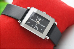 Min order$30.00 Free shipping wholesale square woman leather the belt wrist watch(China (Mainland))