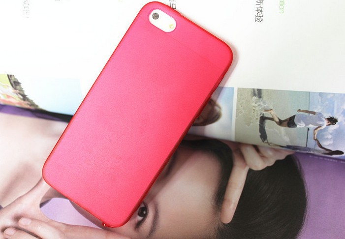 Ultrathin Design 0.5mm Matt Frosting Skins Cases Covers For iPhone 5 Cell Phone Accessories(China (Mainland))