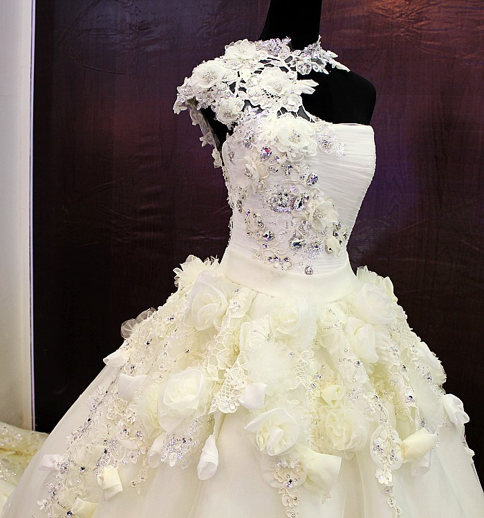 Wedding dresses Princess tube tops glitter crystal lace up luxurious ...