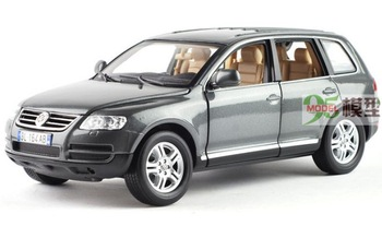 Free Shipping! 2013  newest ! Bburago 1:18 Volkswagen Touareg  alloy car models