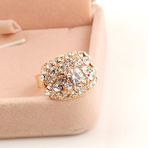 Free shipping Ring female hot-selling sparkling crystal ring accessories angel turkish jewelry baby gap(China (Mainland))