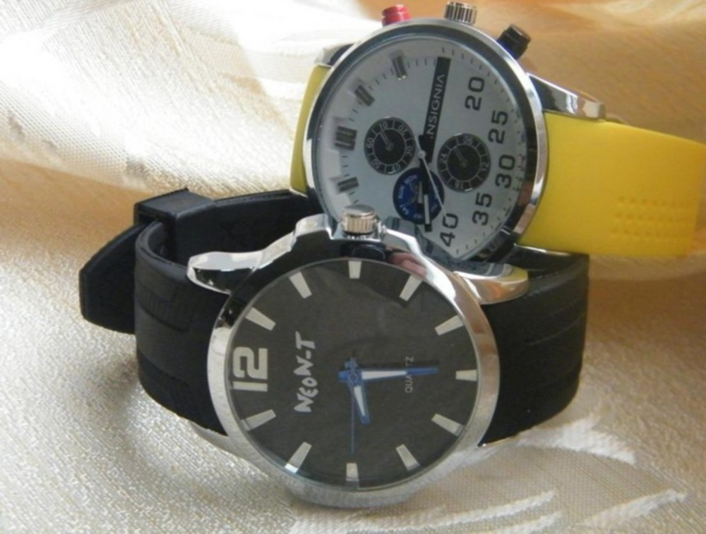2013 New Products Fashion Brand Silicone Women Watches W-L-26-4(China (Mainland))