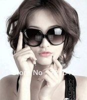 The new 2013 fashion sunglasses for women The summer beach vacation and motorists Necessary!