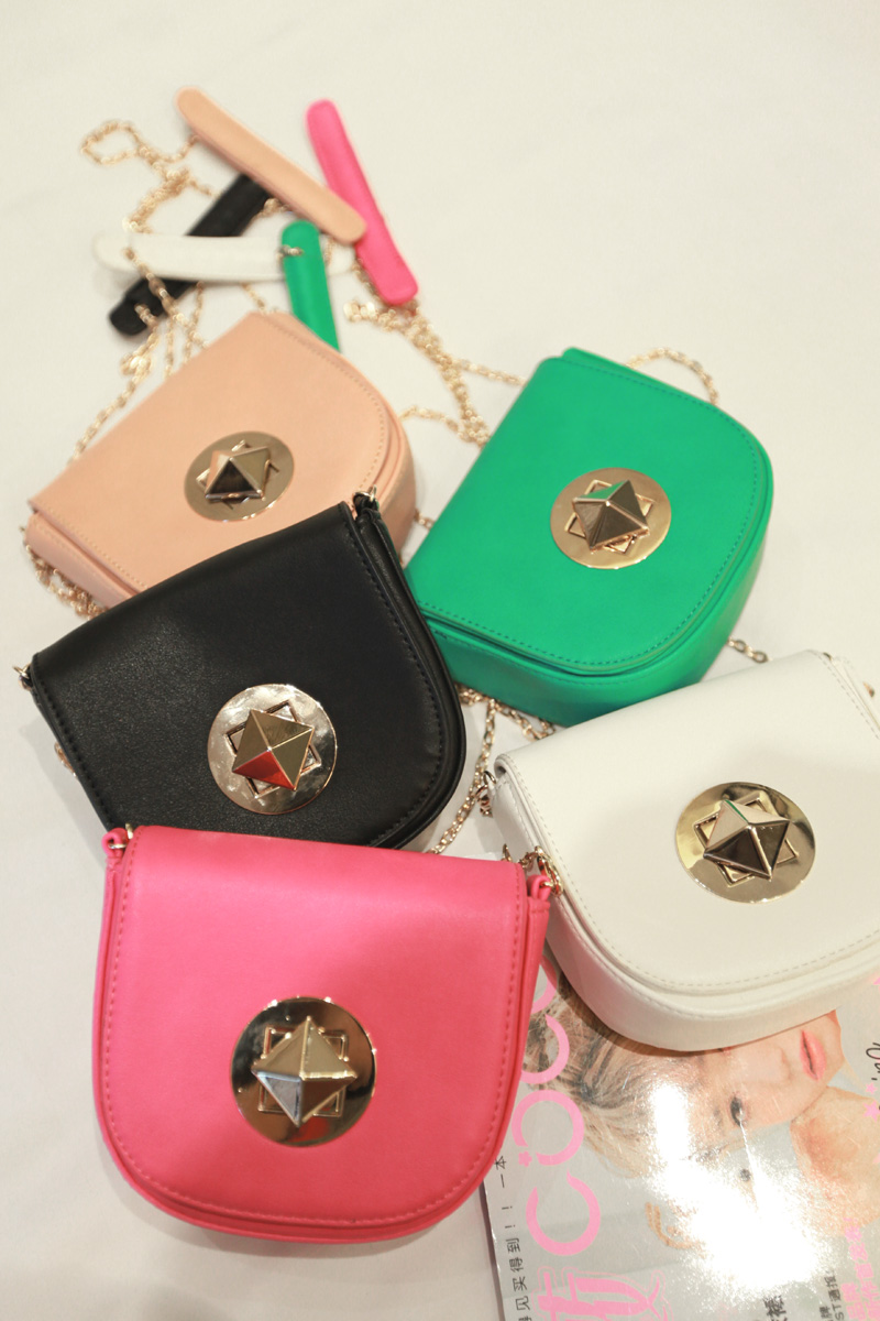 2013 spring and summer beautiful candy color metal buckle chain of packet(China (Mainland))