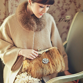 Luxurious atmosphere grade fur bag plush bag shoulder portable diagonal shoulder handbag in hand