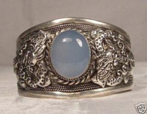 wholesale Cheap bracelets &gt; Stunning silver inlaid Excellent Handicraft Tibet Silver inlay Moonstone Amulet Cuff Bracelet(China (Mainland))