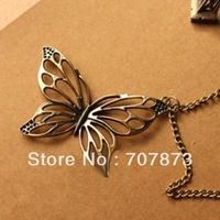 Diamante Retro Hollowing Butterfly Sweater Chain Pendant 10625