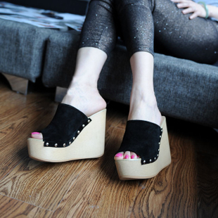 Summer new arrival 2013 open toe wedges sandals fashion normic fashion ultra high heels platform rivet female slippers