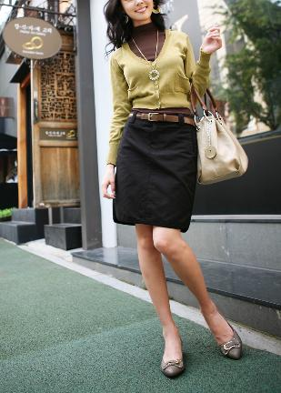Hot sale 2013 fashion ladies summer clothes for women classic ol female pencil black skirt Free shipping(China (Mainland))