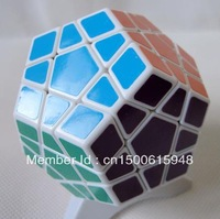 Shengshou Megaminx Magic Cube Pentagon 12 Side Gigaminx PVC Sticker Dodecahedron Toy Puzzle Twist IQ EQ Game Mind Teaser