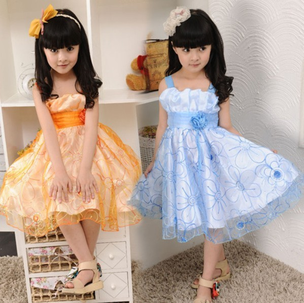 4pcs/lot ,2013 hot sale fashion girls flower dress kids children lace princess dress, wholesale free shipping(China (Mainland))