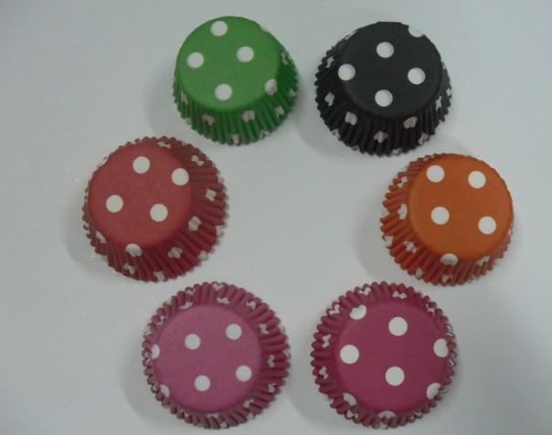 2012 3000pcs lovely multi 6color dots 3inch cakecup baking paper cup muffin cases for party favor(China (Mainland))