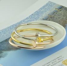 popular bracelet nail