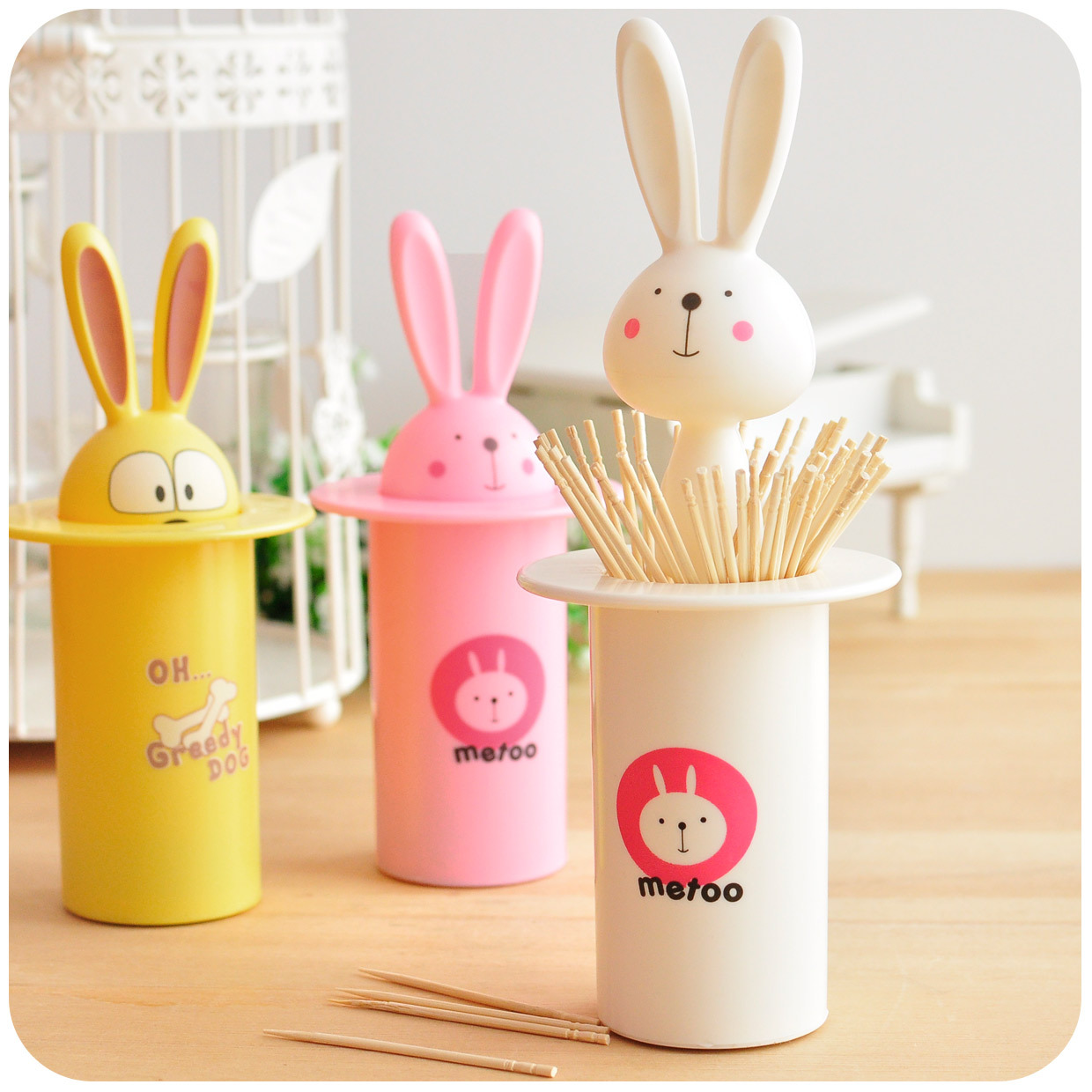 free shipping Hearts magic series automatic toothpick tube toothpick box portable fashion cartoon rabbit dog(China (Mainland))