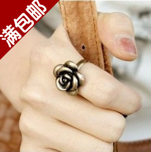 Free shipping the cowards wholesale party rings Accessories gold copper rose vintage ring female adjustable size(China (Mainland))