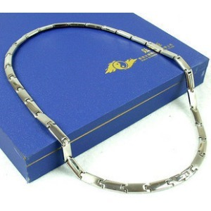 Titanium source of fashion bracelet male women's lovers short design necklace pendant a pair of(China (Mainland))