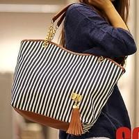 Free shipping! Hot sale High Quality Leather The new stripe bag listed women's fashion handbag Women's Messenger Bag Totes B001
