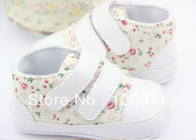 Free Shipping 2pairs/lot Hot sale Anti-slip Full floral Baby Shoes Girl Toddler Soft Sole first Walker mix color size accept(China (Mainland))