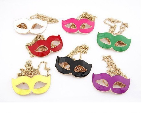 Fashion personality party mask pendant necklace .Free shipping.7 color available.(China (Mainland))